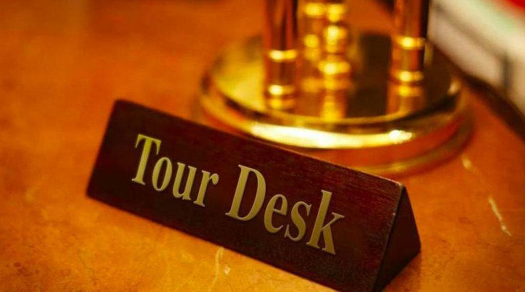 Tour desk ở khách sạn